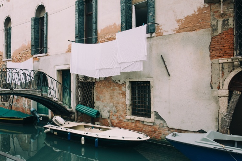 water-boat-window-building-vehicle-venice-40478-pxhere.com