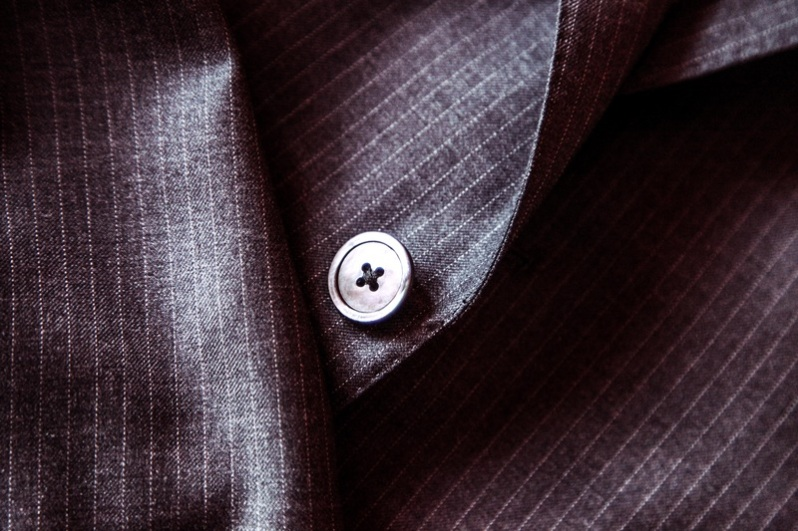 suit-leather-purple-male-brown-fashion-1096260-pxhere.com.jpg