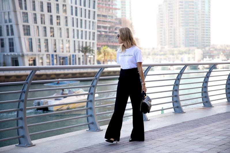 jak se nosí široké kalhoty (1)