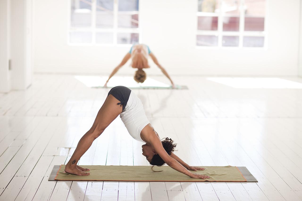Pozice střecha jóga